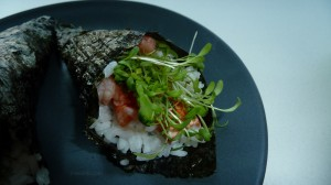 Sushi_with_garden_cress