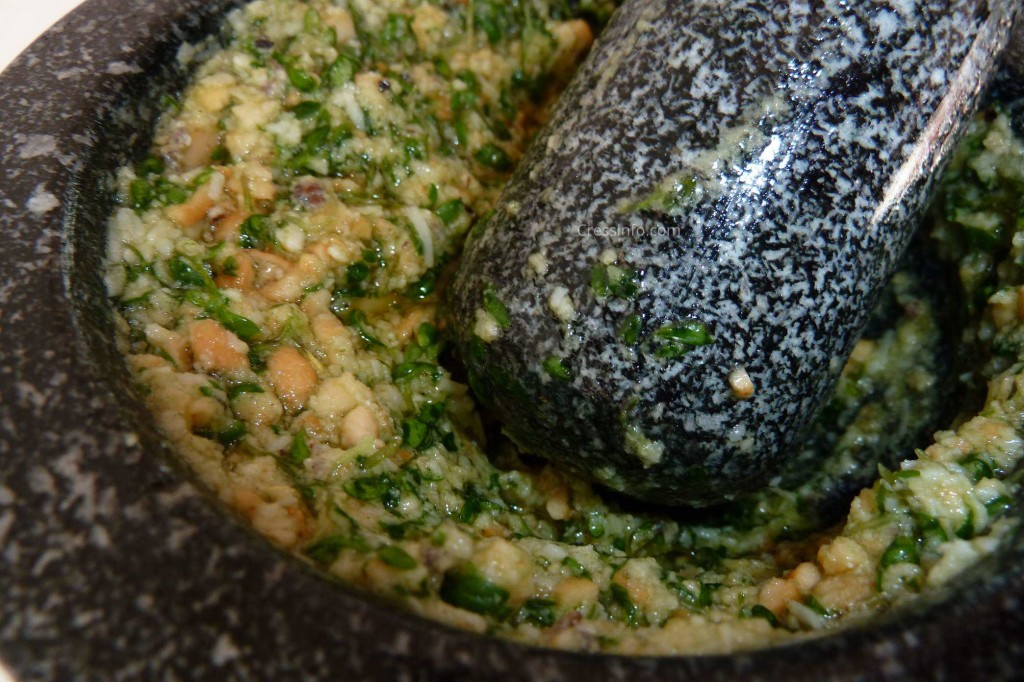 cress_pesto_mortar_pestle_grinder